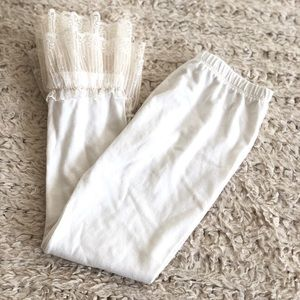 Persnickety Cream Leggings